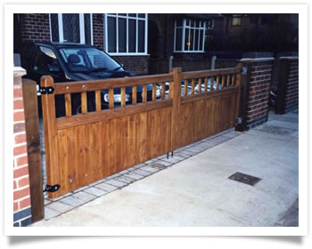 New wood drive gates in Wilford